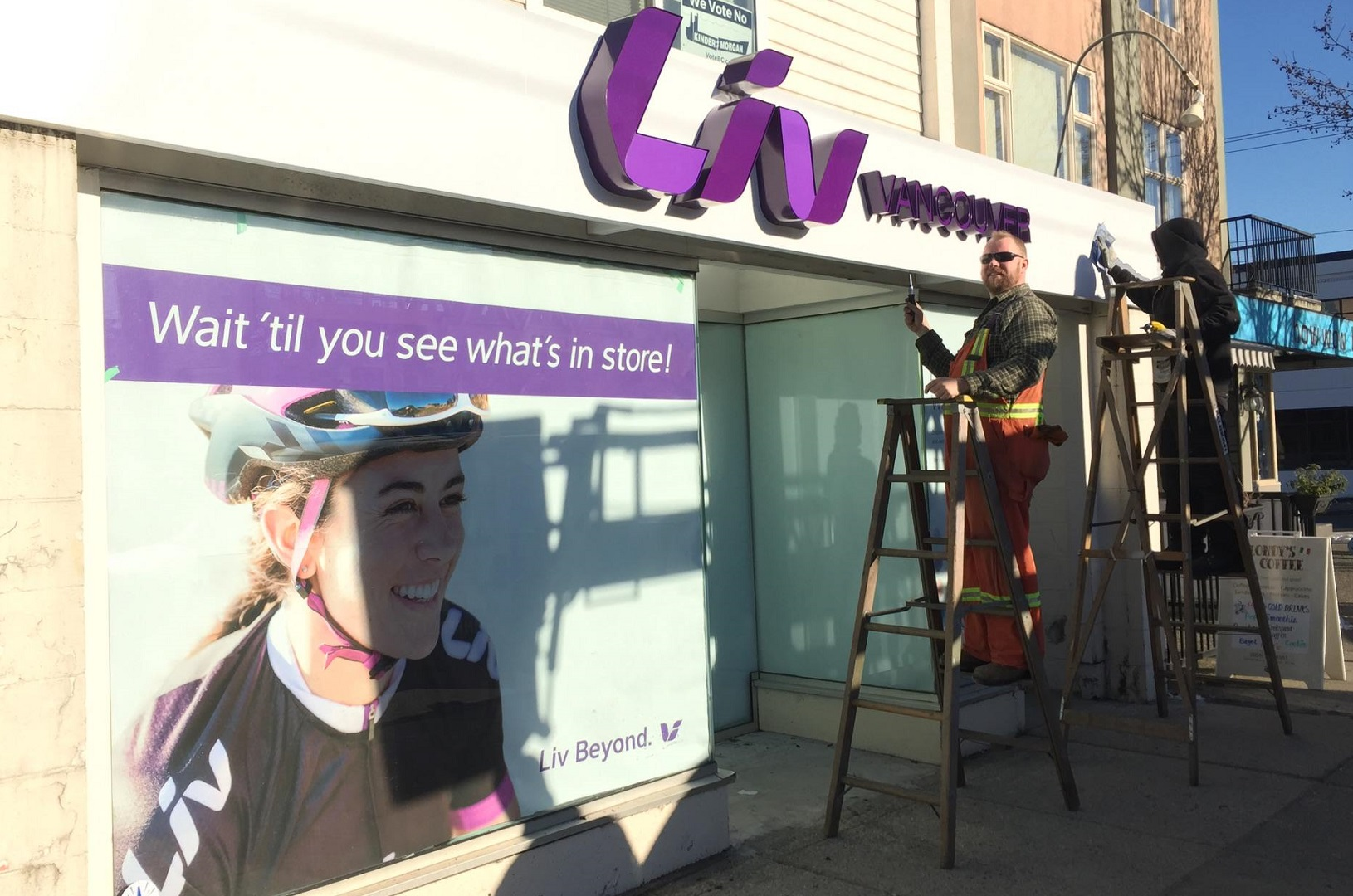 3-sign-being-installed-at-new-liv-vancouver-store