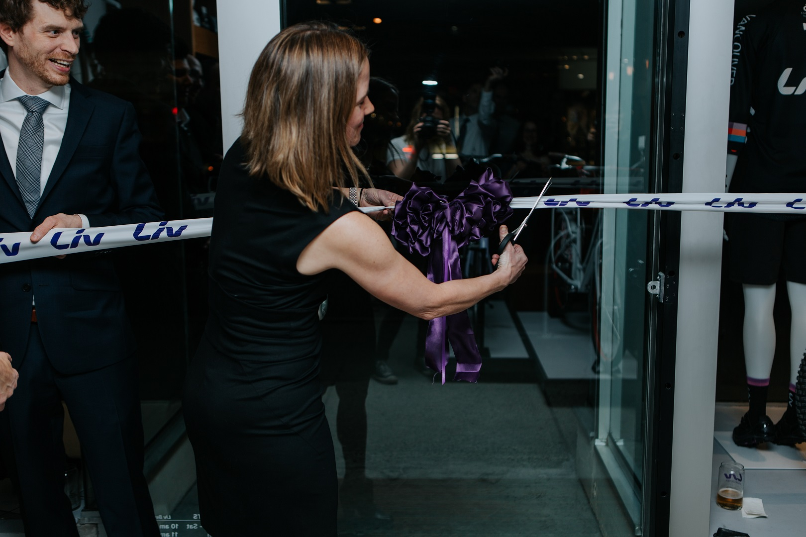 anne-marie-gagnon-cuts-the-ribbon-at-liv-vancouvers-grand-opening